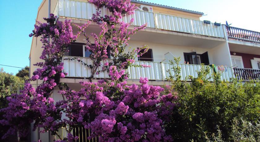 马里卡公寓(Apartments Marica)