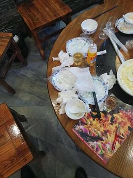 山里人概念餐厅(麻城广场店)