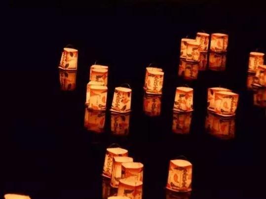 岚山水灯节