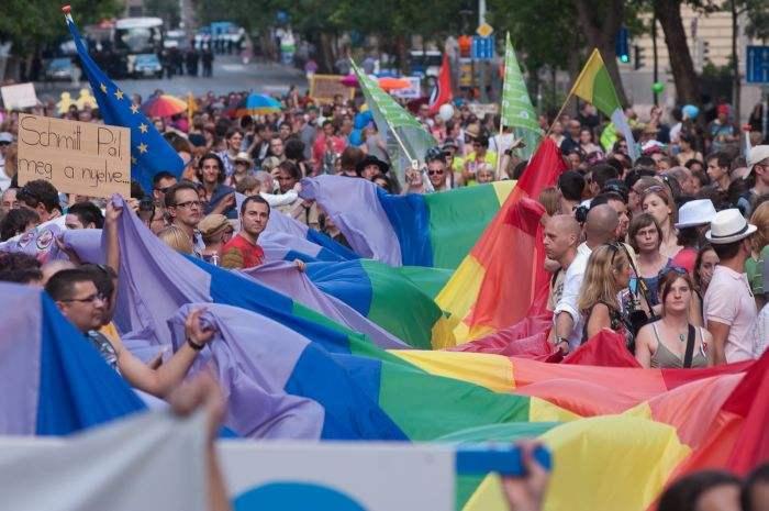 同性恋骄傲大游行