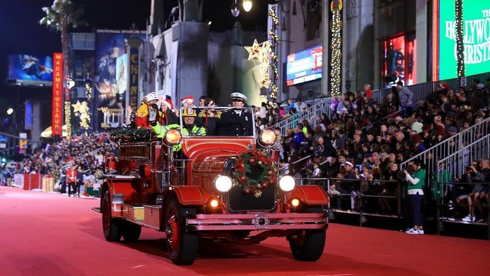 好莱坞圣诞大游行