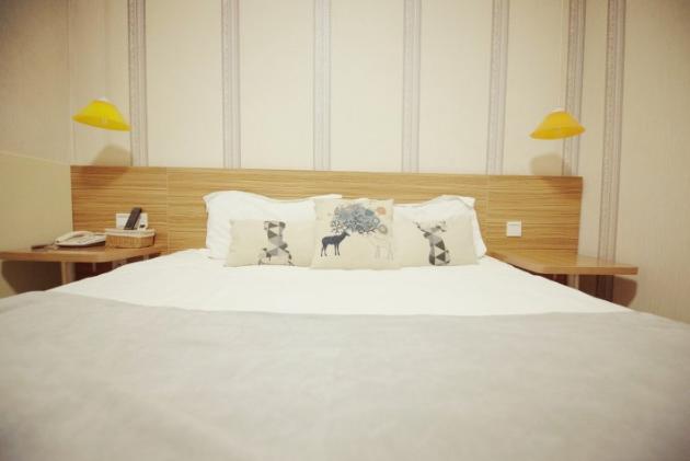 Q加•青岛阳光126商务酒店栈桥店