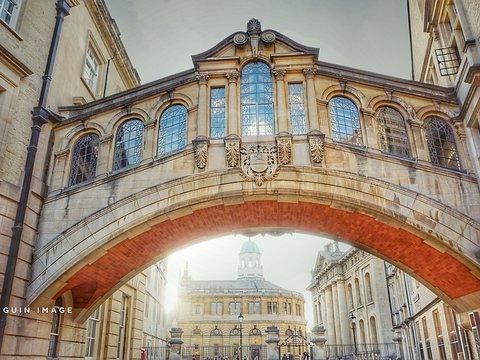 牛津叹息桥