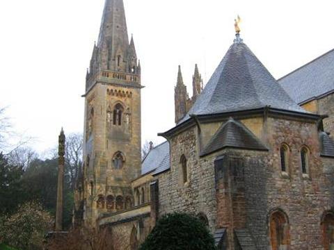 兰达夫大教堂旅游景点图片