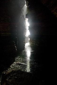 古谱特什瓦尔·玛哈德布洞穴