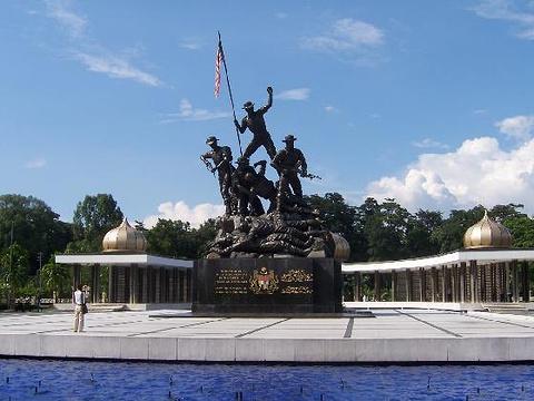 国家英雄纪念碑