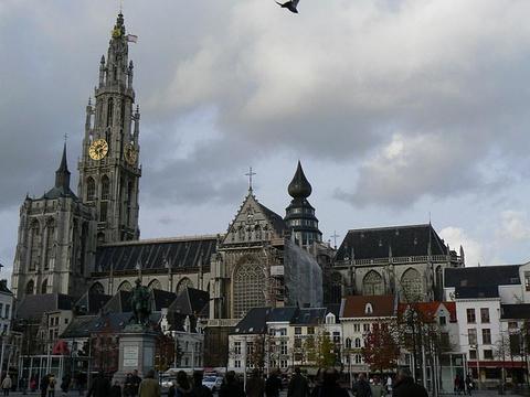 圣母大教堂(Onze Lieve Vrouwekathedraal)旅游景点图片