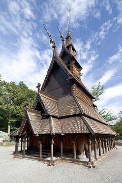 凡托特木板教堂的图片