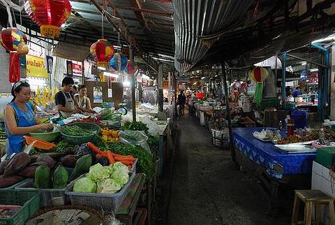瓦洛洛市场的图片