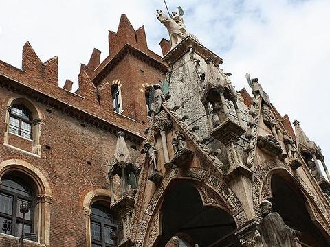 Arca di Mastino II旅游景点图片