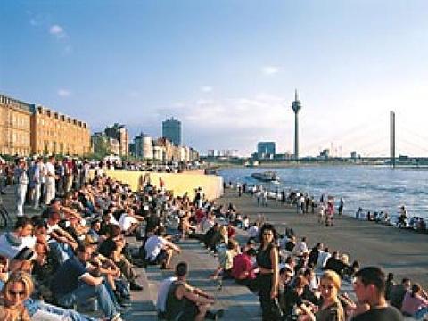 Rheinufer旅游景点图片