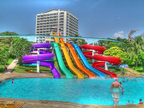 芭达雅水上公园旅游景点图片