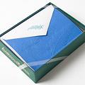 飞燕草卡片和礼物