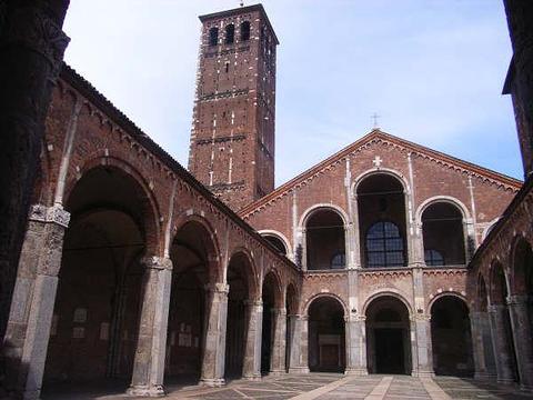 圣安布雷佐教堂旅游景点图片