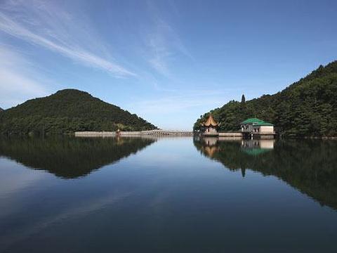 芦林湖旅游图片
