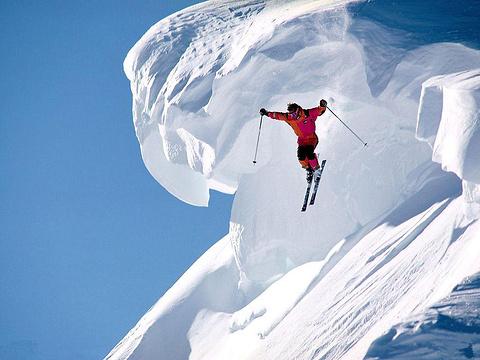 映山红滑雪场