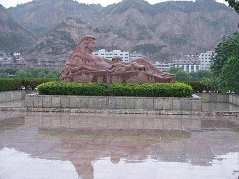 黄河母亲雕塑旅游景点图片