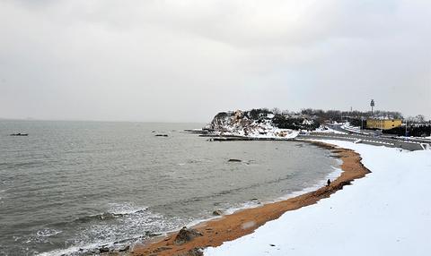 东炮台海滨