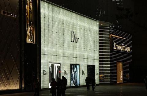 武汉广场购物中心的图片