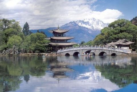 幽谷神潭自然风景区
