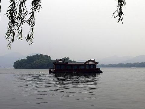 平湖秋月旅游景点图片