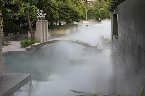 东温泉的图片