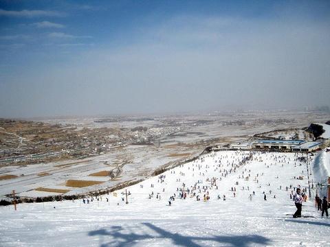 兴隆山滑雪场旅游景点图片