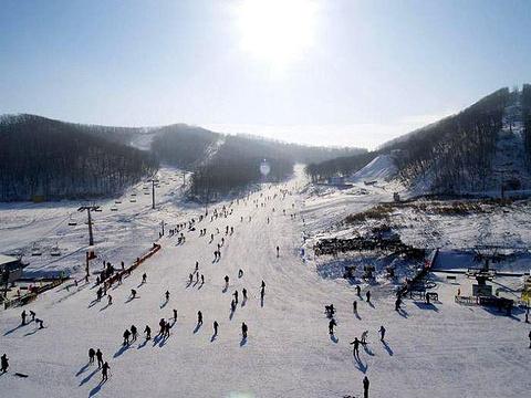 大连铭湖国际温泉滑雪度假区