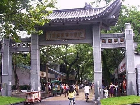 杭州中国丝绸城旅游景点图片