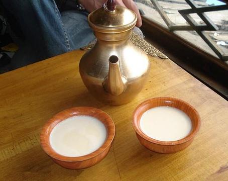 独克宗酥油茶馆