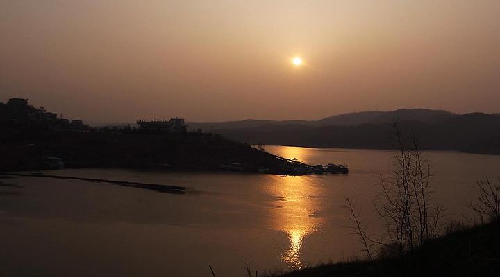 小浪底日落旅游图片