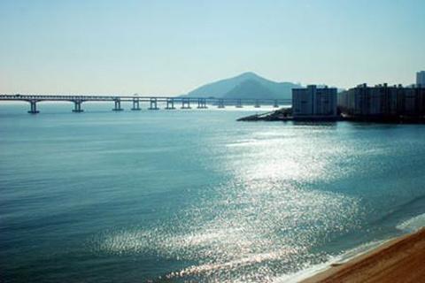 广安里海水浴场