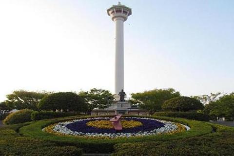 釜山塔的图片