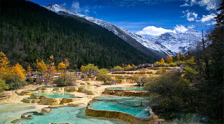 五彩池旅游图片