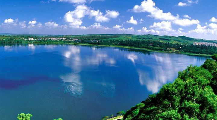 湖光岩旅游图片