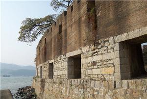 崖门古炮台