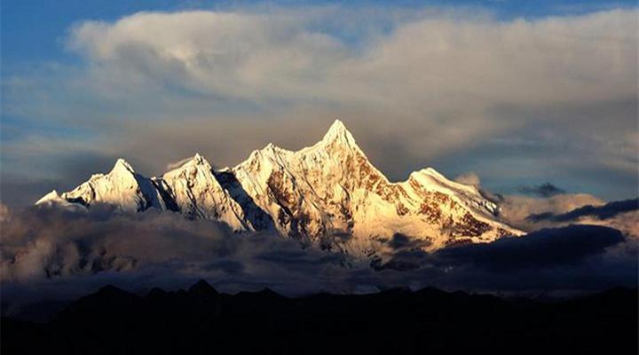 南迦巴瓦峰旅游图片