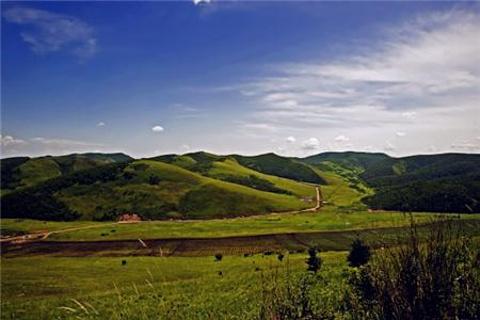 宝格达乌拉山