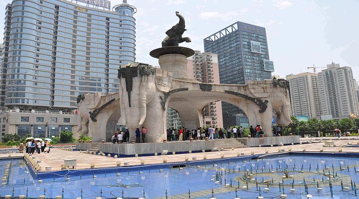 五象广场旅游图片