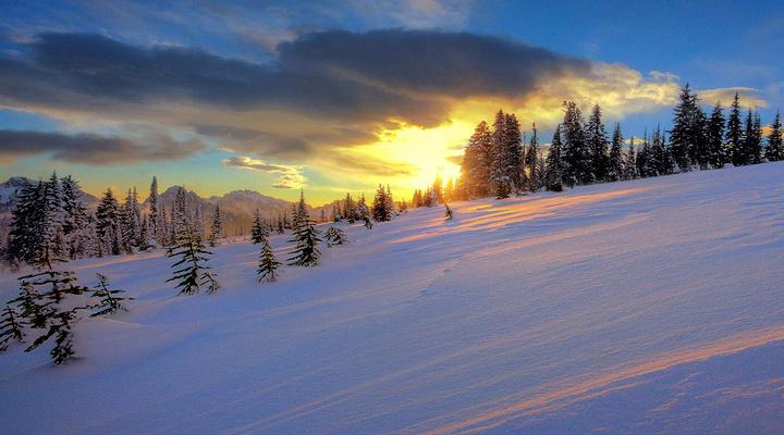 雪场旅游图片