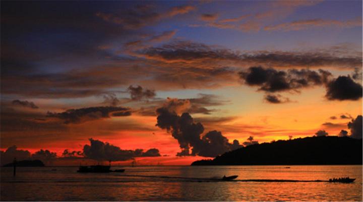 丹绒亚路海滩 日落旅游图片