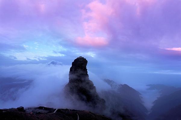 红云金顶旅游图片