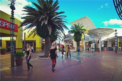 港口镇购物中心