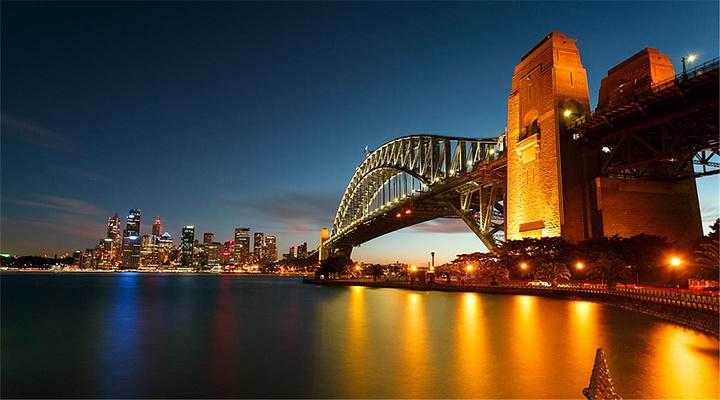 最美海港桥旅游图片
