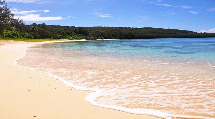 塔加海滩旅游图片