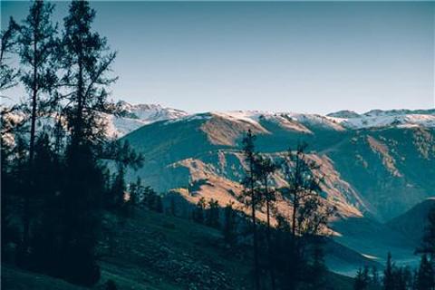 贾登峪国家森林公园