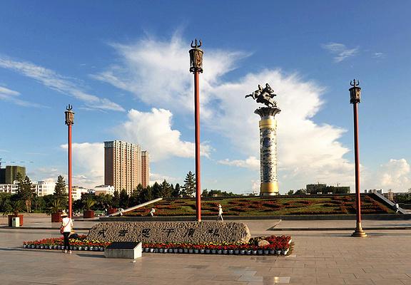 成吉思汗广场旅游图片