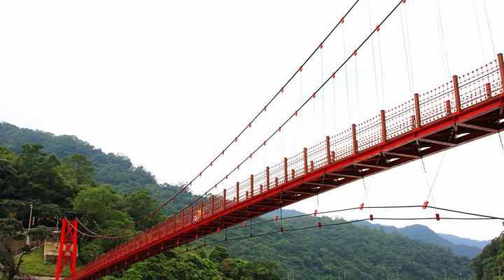乌来吊桥旅游图片