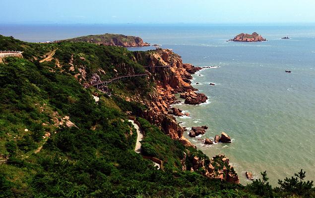 东崖绝壁旅游图片