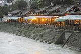 都江堰夜啤酒长廊